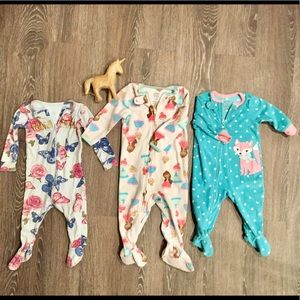 3 pc footie sleepers SZ 6-12 months